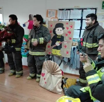 Celebrando el día del bombero con la Quinta Compañía de Bomberos de San Bernardo